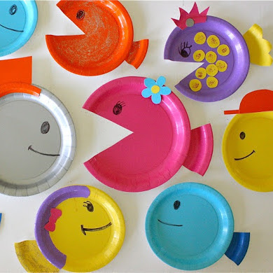 paper plate fish kids' craft tutorial from MADE Everyday