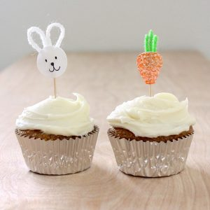 carrot-cupcake-toppers-on-made-everyday