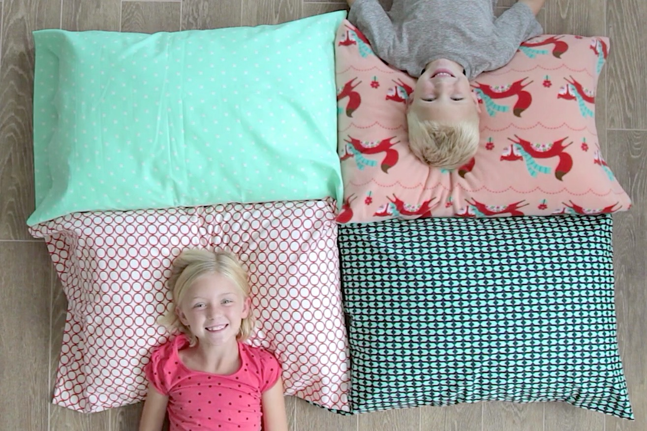 How to sew a pillowcase 2 ways 1 yard of fabric made everyday a1 jeuxipadfo Choice Image
