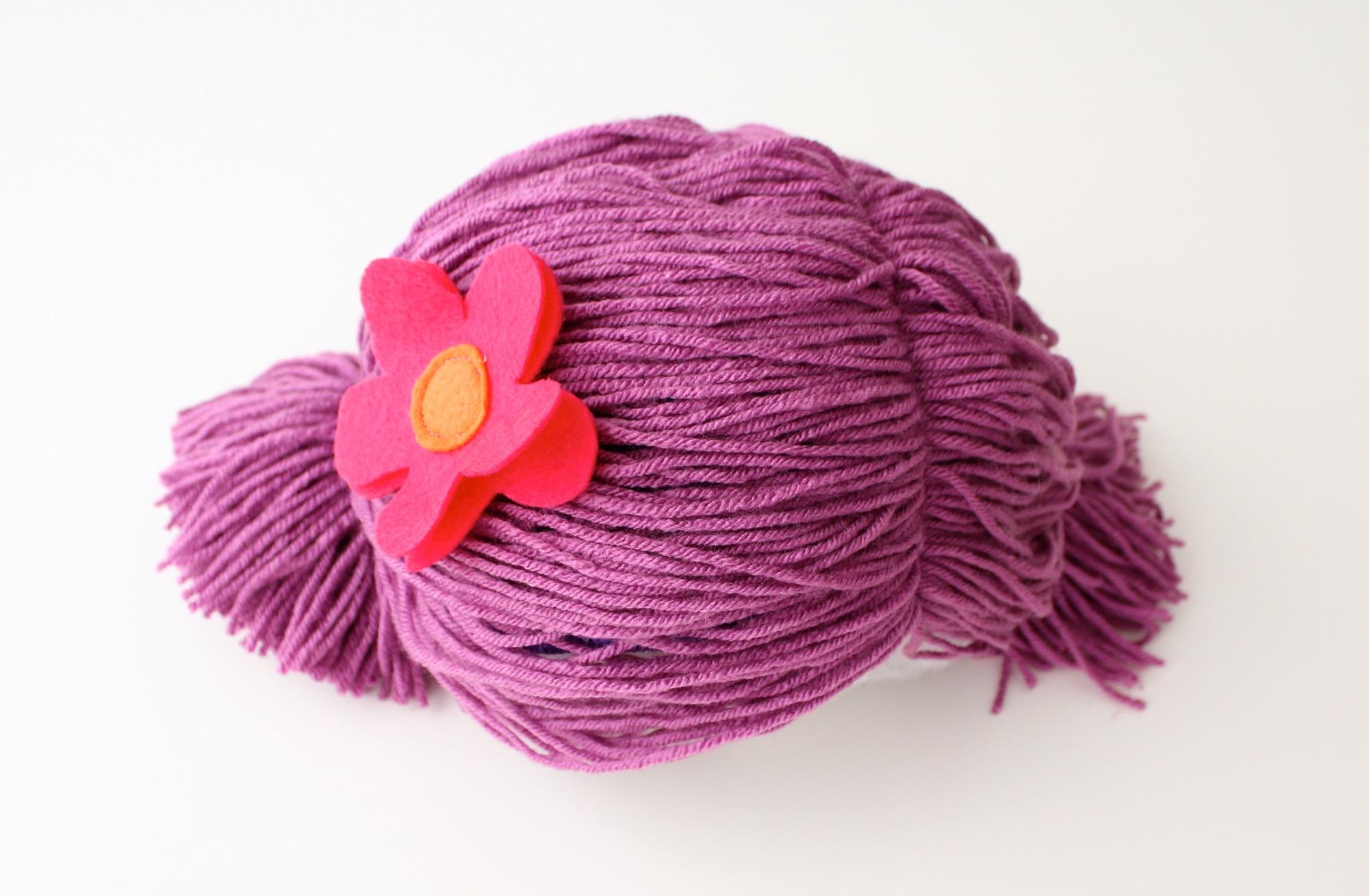Yarn Wig 16