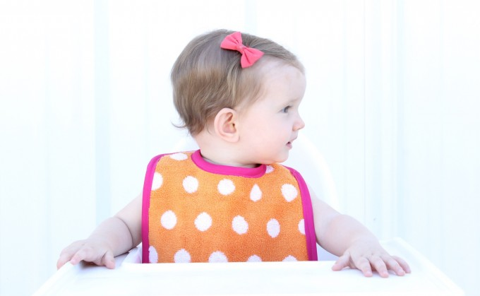 How to make Baby Bibs with a FREE PATTERN on MADE