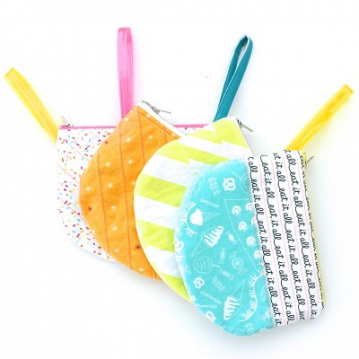 Single Scoop Zipper Bag by Dana Willard of MADE Everyday