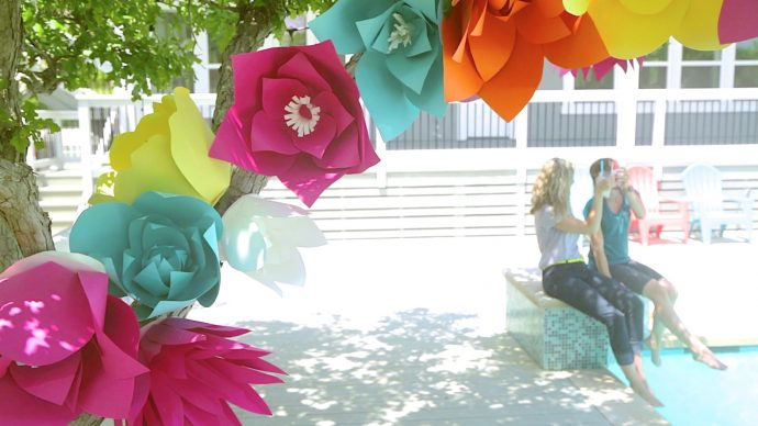 Giant paper flowers made everyday how to make giant paper flowers on made mightylinksfo