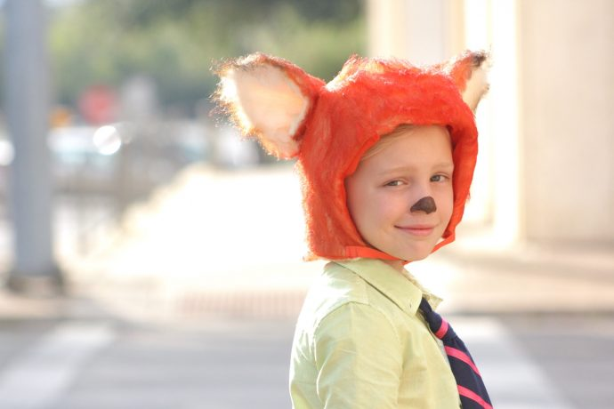 nick-wilde-fox-costume-from-zootopia-on-made-everyday-with-dana-willard-15