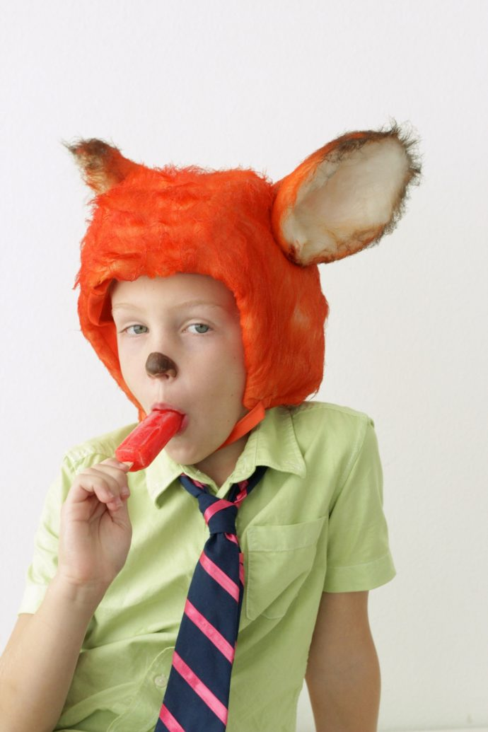 nick-wilde-fox-costume-from-zootopia-on-made-everyday-with-dana-willard-9