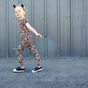 how-to-make-a-kitty-cat-costume-on-made-everyday-with-dana-willard
