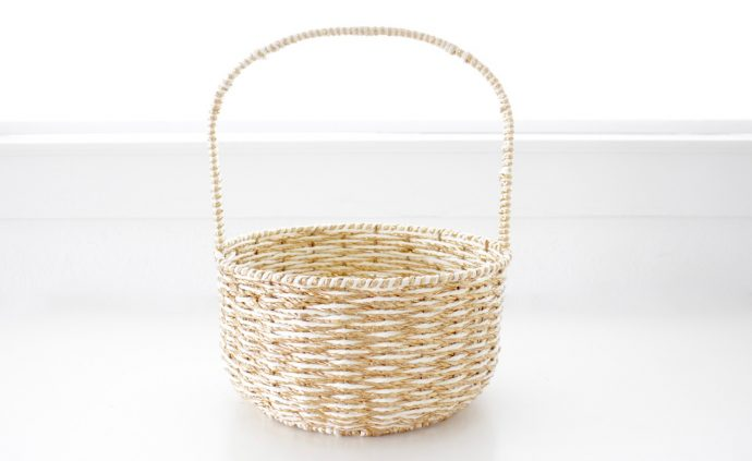 How To Make A Woven Grass Basket : Easter grass in a basket made everyday