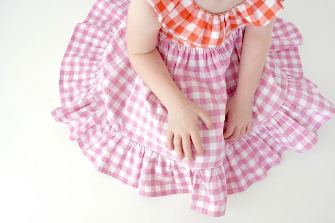 Summer Picnic gingham sundress from MADE Everyday with Dana - Sophie Dress pattern from Simple Life Pattern Company