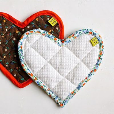 Heart Hotpads Pot Holder sewing - how to attach bias tape 2 ways - tutorial from MADE Everyday