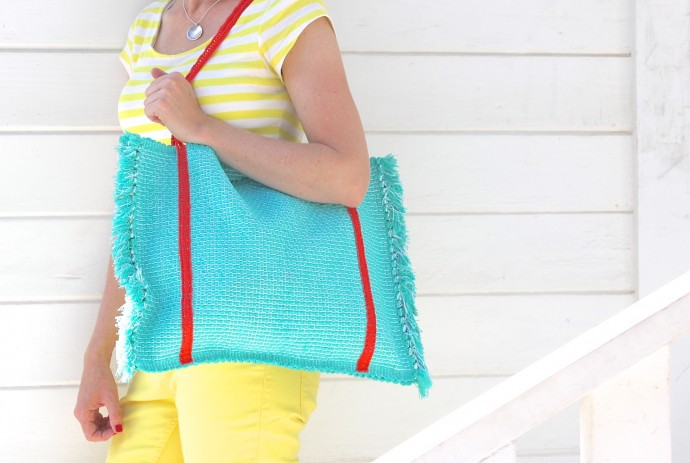 How to Make a Beach Bag from a Placemat on MADE Everyday with Dana Willard 1