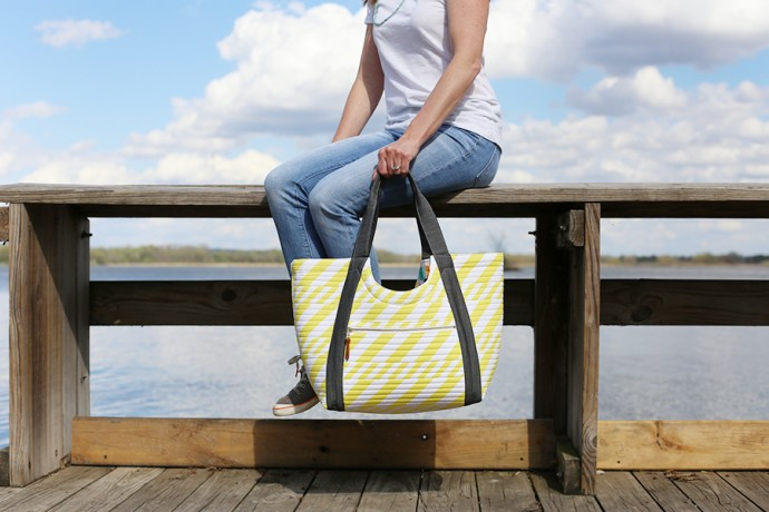 Poolside Tote by Anna Graham of Noodlehead on MADE Everyday with Dana Willard
