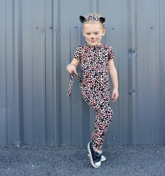 how-to-make-a-leopard-kitty-costume-on-made-everyday-with-dana-willard-13