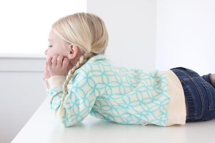 everyday-sweatshirt-pattern-on-made-everyday-with-dana-willard-6