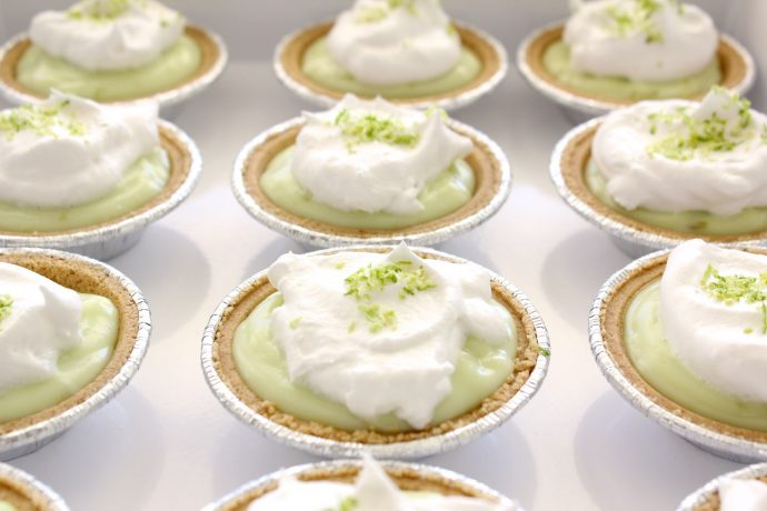 key-lime-mini-pies-on-made-everyday-1